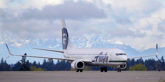 Ein Flugzeug der Alaska Airlines (Symbolbild)