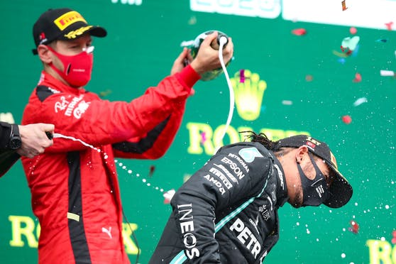 Vettel: Erster Gratulant, aber Schumacher größer.