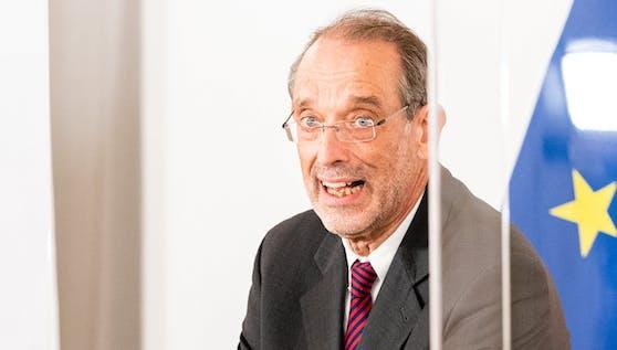 Bildungsminister Heinz Faßmann im Rahmen einer Pressekonferenz am 14. November 2020
