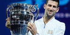 Warum trägt Djokovic gleich 6 (!) goldene Krokodile?