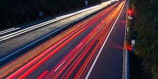 Führerschein-Neuling bretterte mit 218 km/h über A4