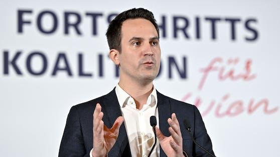 Neos-Wien Parteiobmann Christoph Wiederkehr ist seit 24. November Kinder- und Jugendstadtrat.