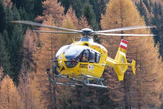 """Rettungseinsatz mit Unterstützung durch ÖAMTC Notarzt-Helikopter """"Christophorus 7"""""""