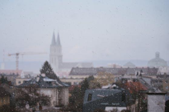 Schneefall in Klosterneuburg nahe Wien, aufgenommen am 31.03.2020. Symbolbild