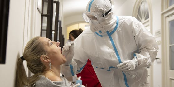 """Auch beim Corona-""""Reintesten"""" vor einer Veranstaltung oder einem Hotelbesuch gilt: Je frischer der Coronatest, desto sicherer"""