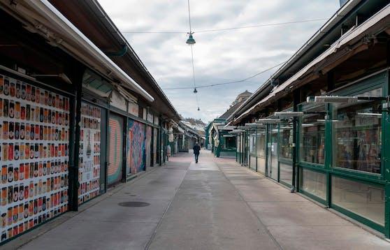 Fast menschenleer am Naschmarkt in Wien