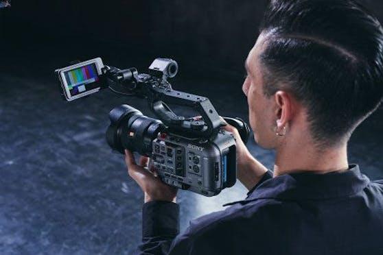 Sony erweitert die Cinema Line um die professionelle Vollformatkamera FX6.