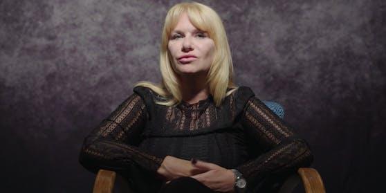 """""""Krone""""-Starreporterin Martina Prewein verfasste eine Biografie mit Eismörderin Esti."""