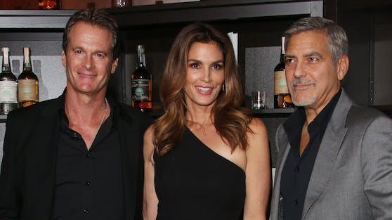 Mit Rande Gerber (li.) und Supermodel Cindy Crawford verbindet George Clooney schon jahrelang eine enge Freundschaft.