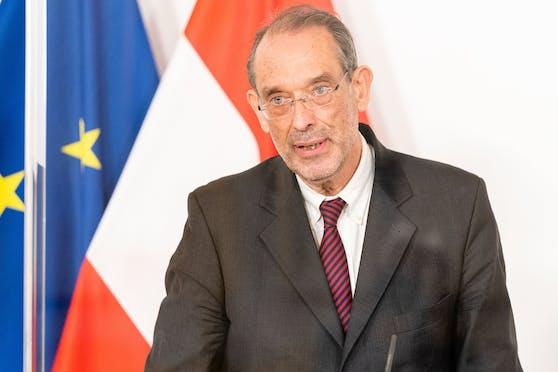 Bildungsminister Heinz Faßmann gab die NHeuerungen im Schulbetrieb bekannt.