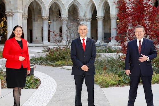 v.li.: Barbara Novak, Landesparteisekretärin der SPÖ Wien, SPÖ-Klubvorsitzender Josef Taucher sowie SPÖ-Chef und Bürgermeister Michael Ludwig