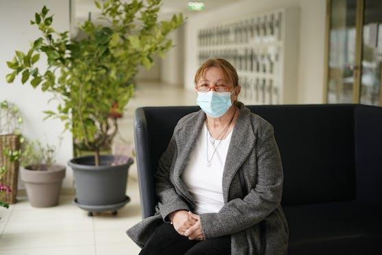 Die Betroffene (65) blieb mit Symptomen zu Hause.