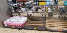 Erster Supermarkt reagiert auf Lockdown-Hamsterkäufe