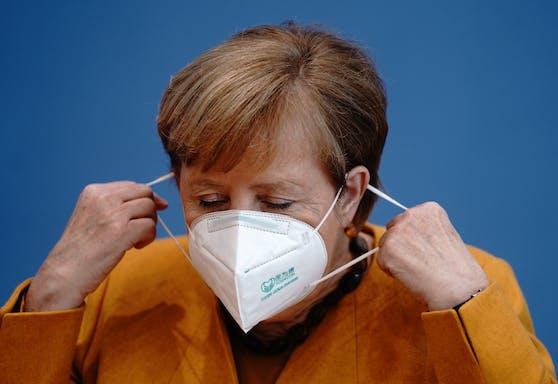 """""""Es wird eine ganz schwierige Situation. Mit diesen Maßnahmen kommen wir nicht durch den Winter"""", erklärte Merkel."""