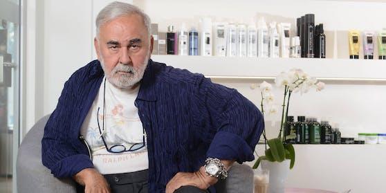 Bis zuletzt stand Promi-Friseur Udo Walz (†) in seinem Berliner Salon mit Schere und Kamm für seine Kundschaft bereit.