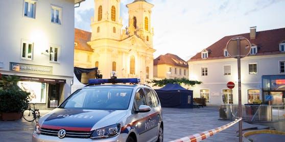 Die Beamten konnten den Pkw anhalten und eine Festnahme aussprechen. Symbolbild.