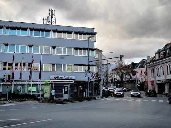 Die betroffene Bank in Klosterneuburg