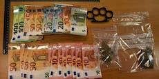 Fahnder sprengen 5-köpfigen Drogenring