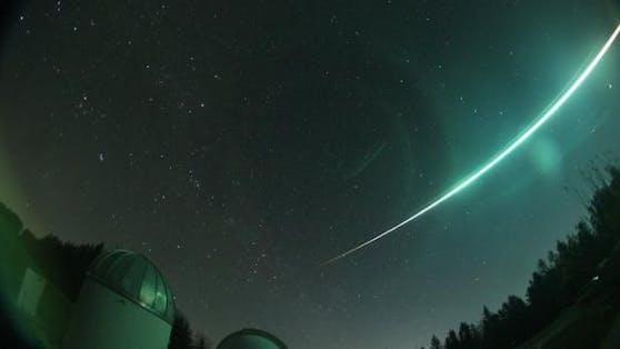 Am 19. November konnte ein Bolid hell leuchtend über Teilen Österreichs gesichtet werden. Derzeit ist diese Gruppe von Meteoren besonders gut sichtbar.