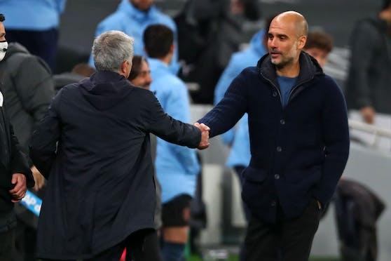 Jose Mourinho feiert einen 2:0-Sieg gegen Pep Guardiola.