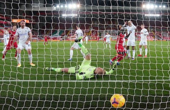 Liverpool besiegte Leicester mit drei Kopfball-Toren.