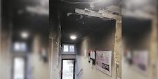 Mieter warten seit Juni auf Sanierung von Feuer-Haus