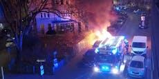 Geparktes Auto in Leopoldstadt brennt lichterloh