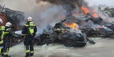 Autos gingen auf Wiener Schrottplatz in Flammen auf