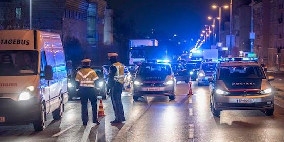 Verkehrskontrollen der Polizei. Symbolbild