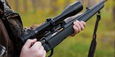 Junger Jäger (17) durch eigenes Gewehr gepfählt – tot