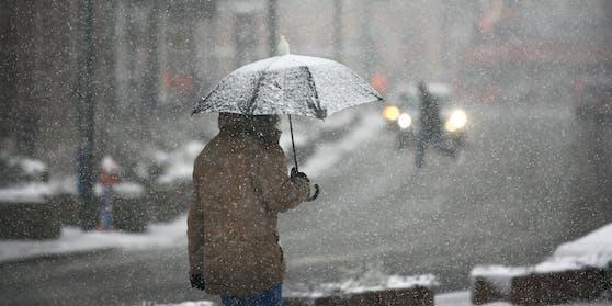 """Tief """"Tanja"""" bringt Schnee und Schneeregen zum Wochenstart"""