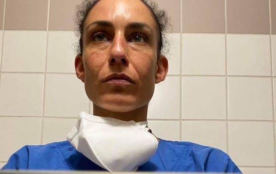 Eine Krankenschwester berichtet, wie es in den Krankenhäusern nun zugeht.
