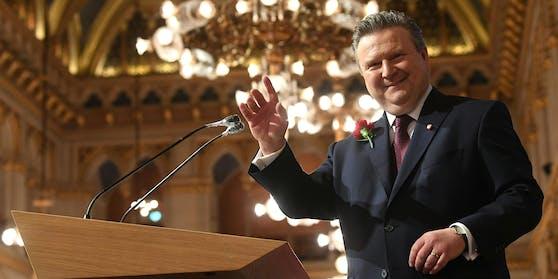 Wiens Bürgermeister Michael Ludwig (SPÖ) nach seiner Wahl durch den Gemeinderat