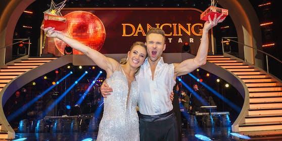 """Michaela Kirchgasser und Tanzpartner Vadim Garbuzov sind die """"Dancing Stars 2020"""""""