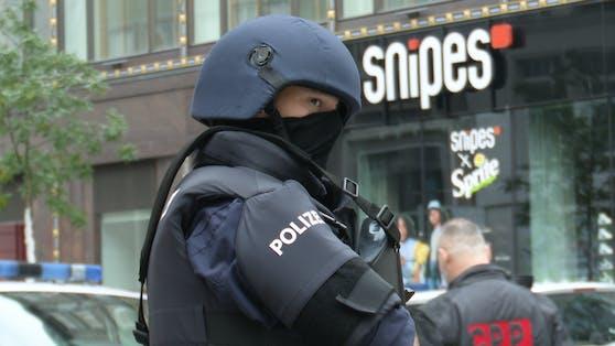 Polizist nach Terror-Anschlag in Wien. Archivbild