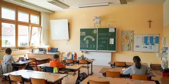 Schulen bleiben in Österreich wie bisher geöffnet. Allerdings drohen Schließungen ab einem Inzidenzwert von 400.