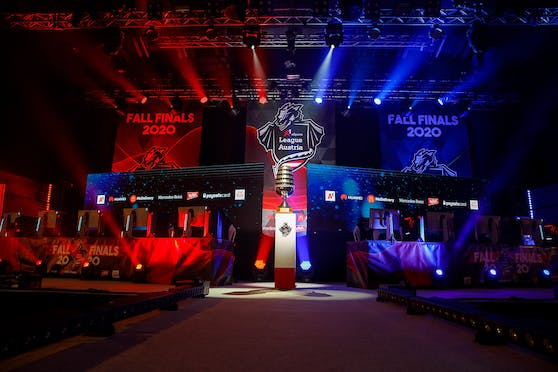 A1 eSports Fall Finals: Wolfstochter erster Clash Royale Double-Champion der Liga, ad hoc Gaming GC LoL-Rekordmeister.