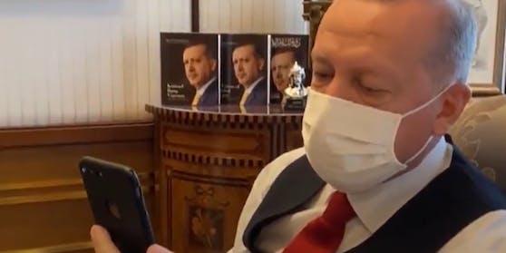 Der türkische Präsident Erdogan rief Wiener an.