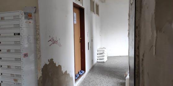 Hinter dieser Türe sollen sich Lorenz K. und Mohammed M. radikalisiert haben.