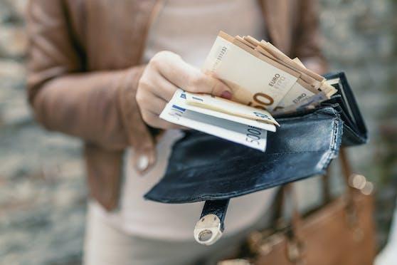Der neue Einkommensbericht enthüllt große Unterschiede bei den Einkünften von Frauen und Männern.