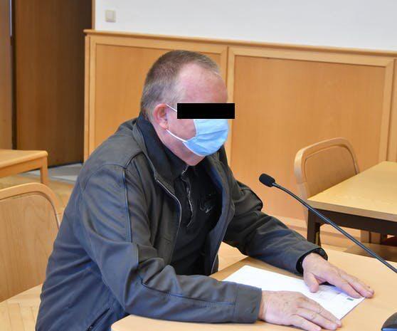 Der 66-jährige Mühlviertler musste sich am Mittwochvormittag am Linzer Landesgericht verantworten.