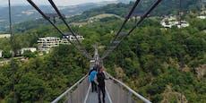 """Offensive für """"längste Hängebrücke der Welt"""" in Linz"""