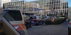 Polizei mit Hundestaffel in der Leopoldstadt im Einsatz