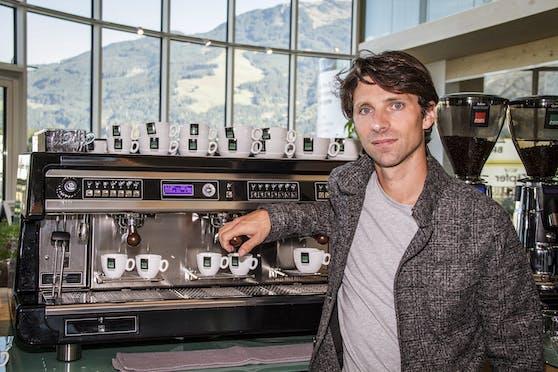 """Rafael Schärf, Inhaber von """"Da Salzburger Tee & Kaffee""""."""