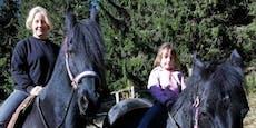 Tochter von Iva Schell ist aufs Pferd gekommen