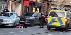 Polizei richtet Gewehre auf Skandal-Rapper Kollegah