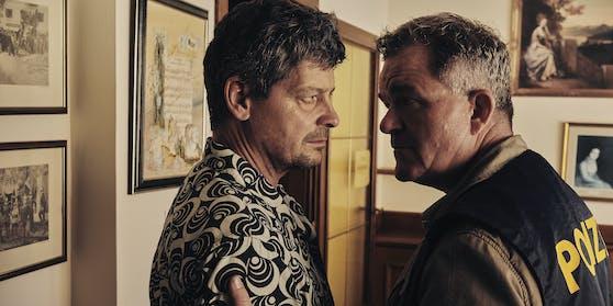 Meiberger (Fritz Karl) darf nicht mit Wallner (Cornelius Obonya) ermitteln.