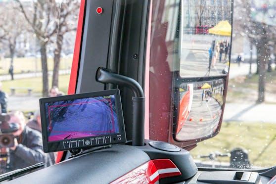 Verpflichtende Abbiegeassistenten für Lkw kommen vorerst nicht.