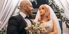 Skurril: Bodybuilder heiratet seine Sex-Puppe