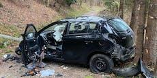 Nächtliche Irrfahrt endet mit Crash auf Forstweg